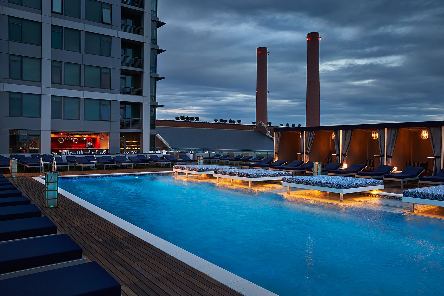 ARCHITECTURE-Retail29-VIDA-Pool-night