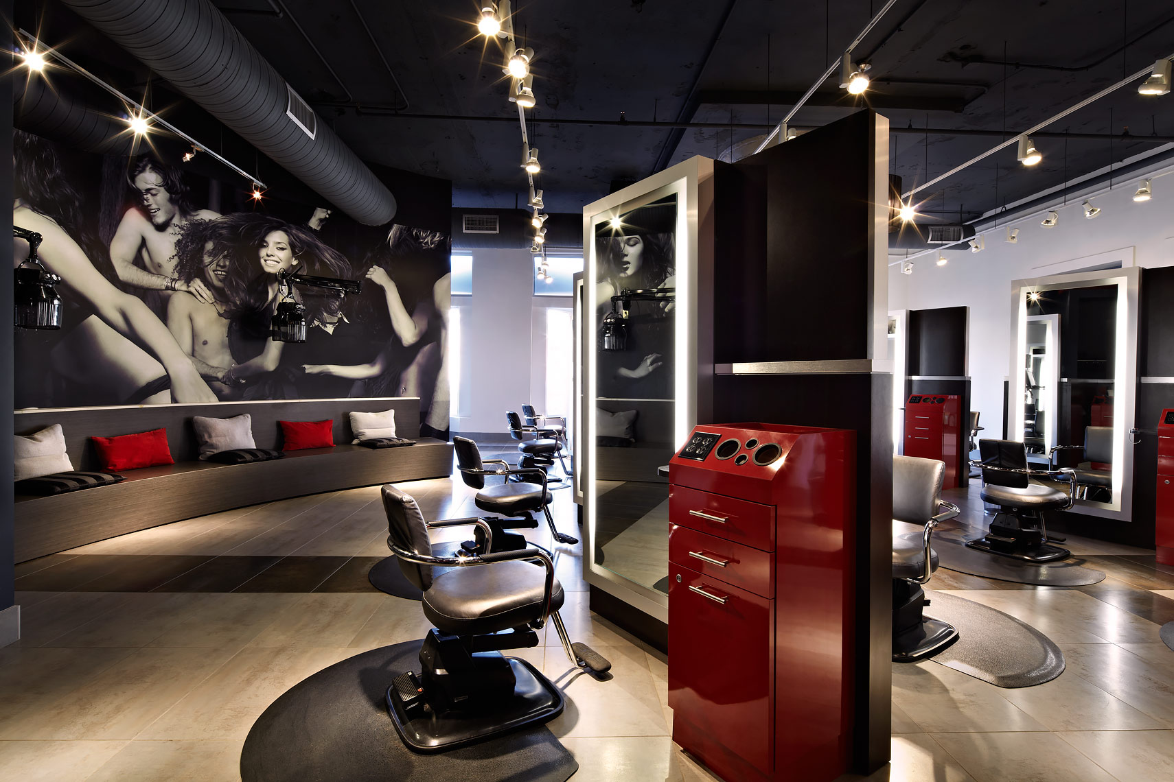 ARCHITECTURE-Retail47-BangSalon