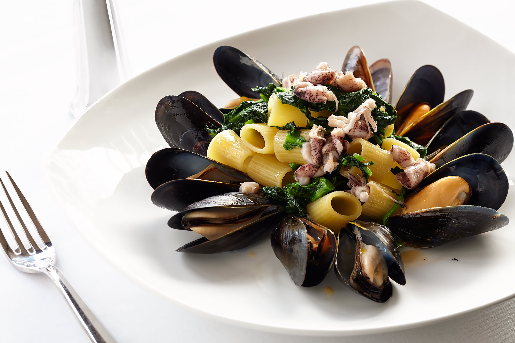FOOD-DiningOut34-Cafe-Milano-Seafood-Pasta