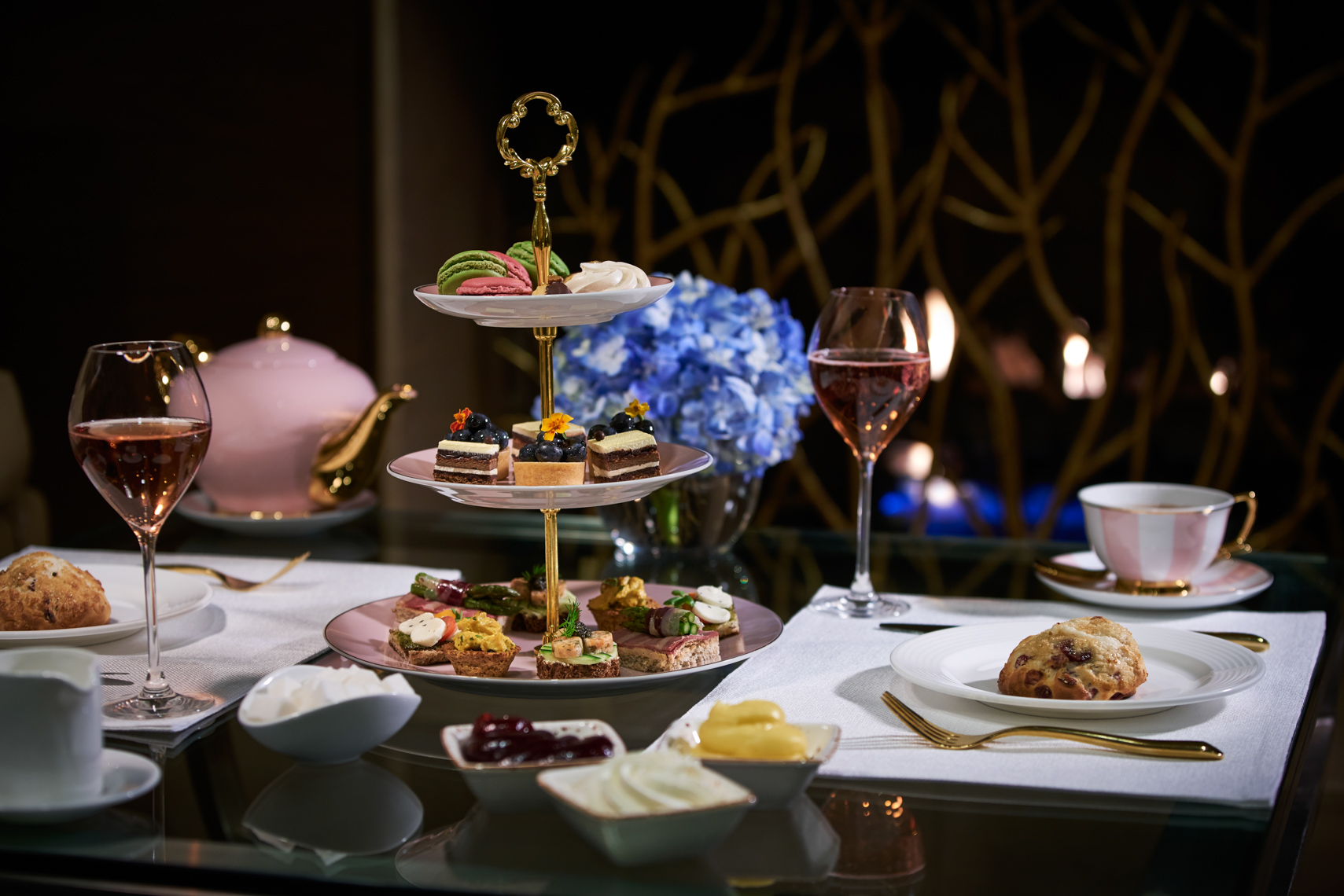 HOTELS-Food8-The-Ritz-Carlton-PentagonCity1