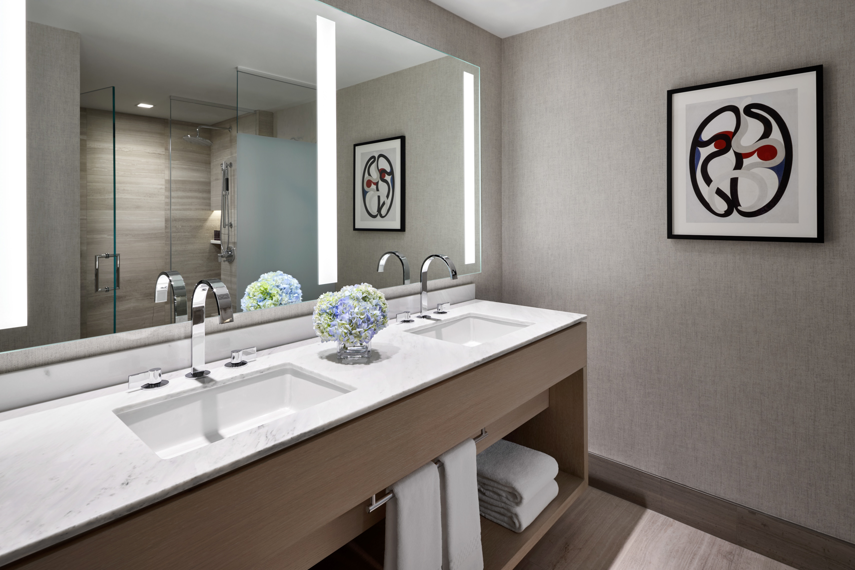 HOTELS-RC80-Ritz-Carlton-Chicago7_King_Bathroom