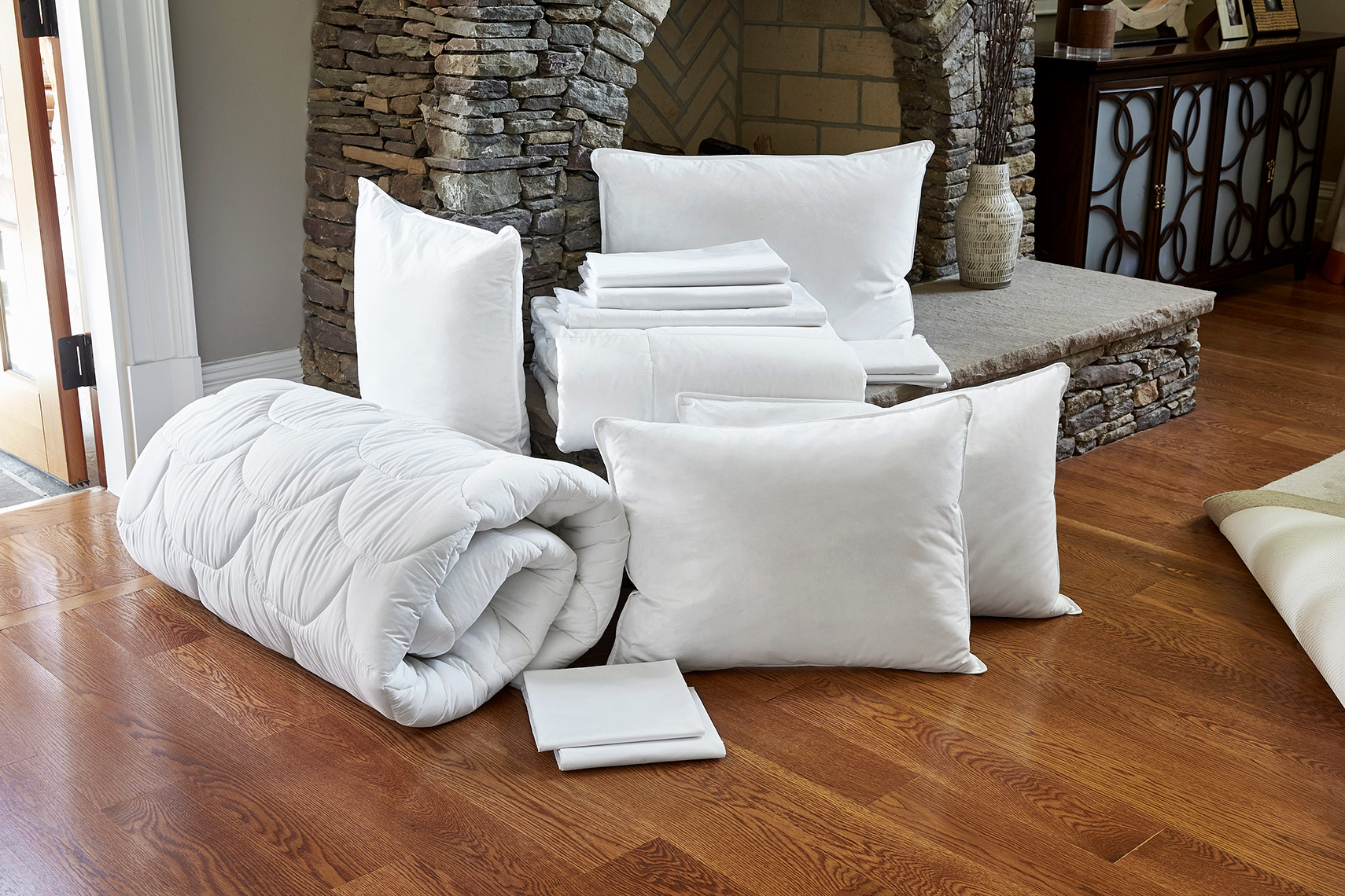 HOTELS-ShopJW27-Geo-Bedding-Set