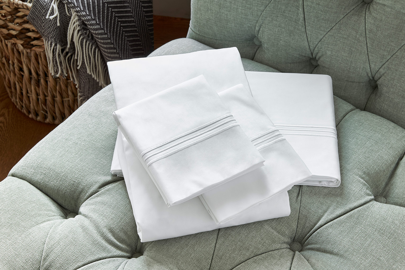 HOTELS-ShopJW33-Embroidered-Sheet-Set