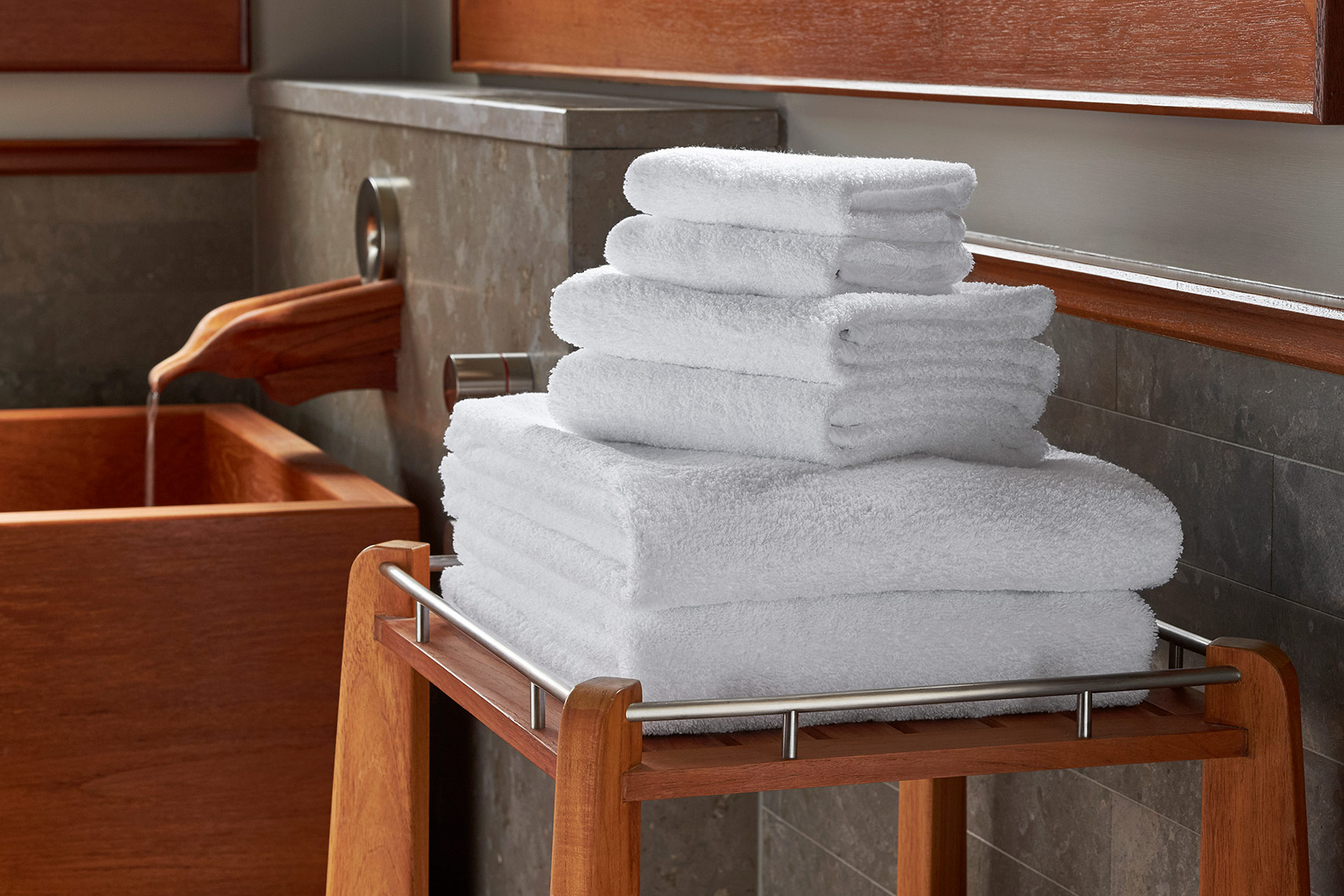 HOTELS-ShopJW8-Towel-Set