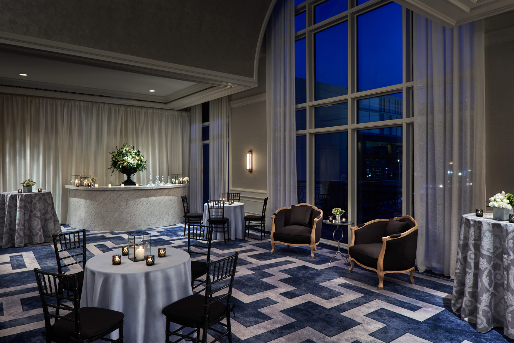 HOTELS-Spaces63-Ritz-Carlton-Pentagon-City3